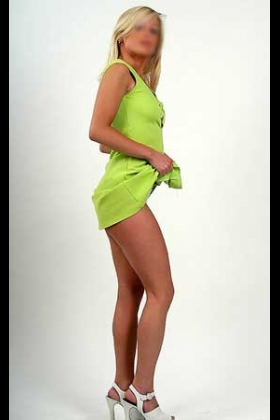 Blonde escort Laurentine